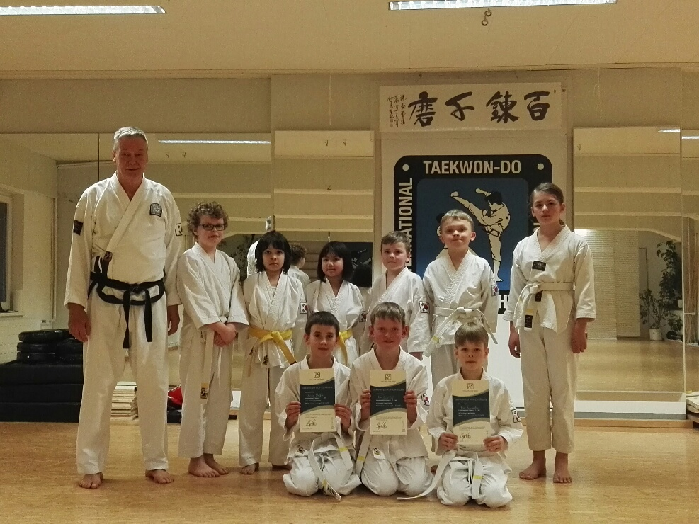 Gruppenfoto Prüfungen 250216